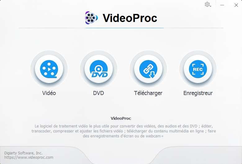 Convertir des vidéos, compresser des fichiers vidéo, télécharger du contenu multimédia, enregistrer... telles sont les fonctionnalités de VideoProc. © VideoProc