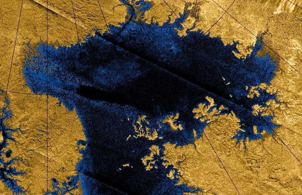 Ligeia Mare, montré ici dans une image en fausses couleurs obtenue en combinant des observations du radar de Cassini, est le deuxième grand lac sur Titan. Il mesure environ 420 km sur 350 km. Il est rempli d'hydrocarbures légers liquides, tels que l'éthane et le méthane. © Nasa, JPL-Caltech, ASI, Cornel