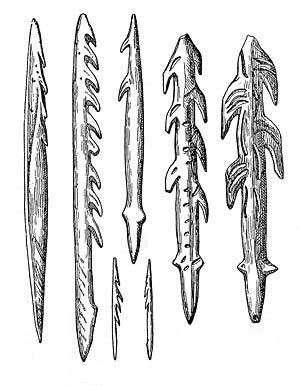 Outils préhistoriques pour la pêche : des harpons. © DP
