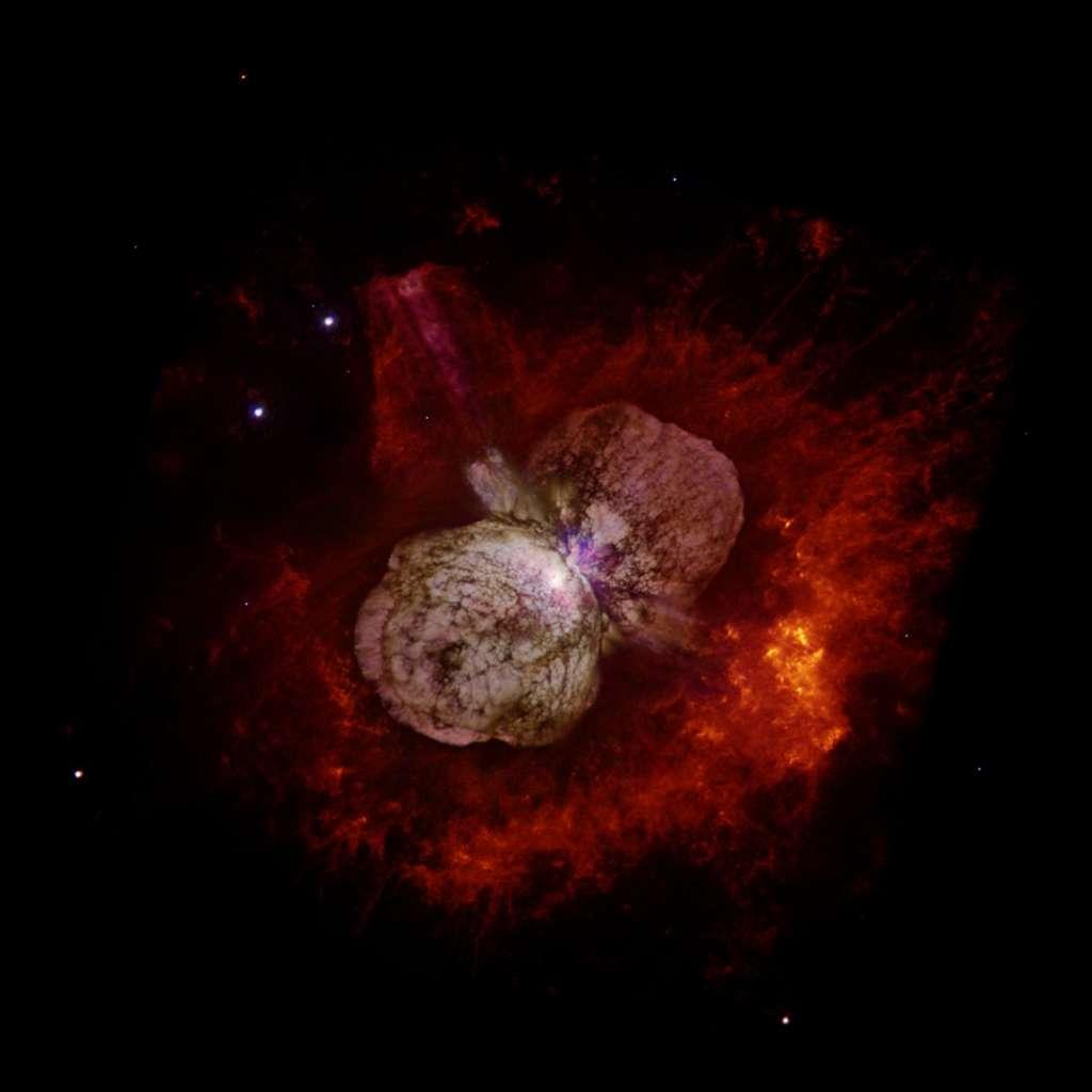 La nébuleuse de l'Homunculus est le résultat d'une explosion de l'étoile Eta Carinae en 1843. © Nasa/N. Smith
