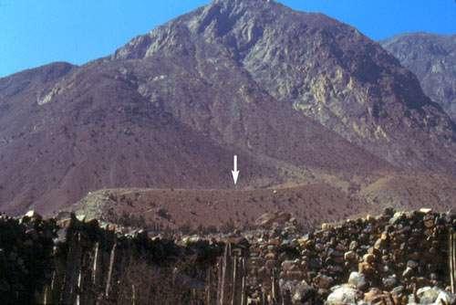 Figure 13 : vue du site de Checta depuis la basse vallée. © J. Guffroy, reproduction et utilisation interdites