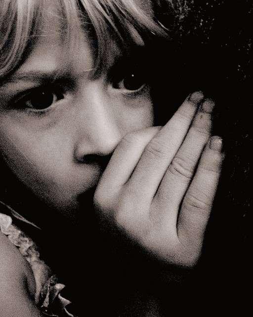 De nombreuses peurs apparaissent durant l'enfance. Des angoisses qui naissent beaucoup plus vite qu'il ne faut de temps pour les oublier... © Pink Sherbet Photography, Flickr, cc by 2.0