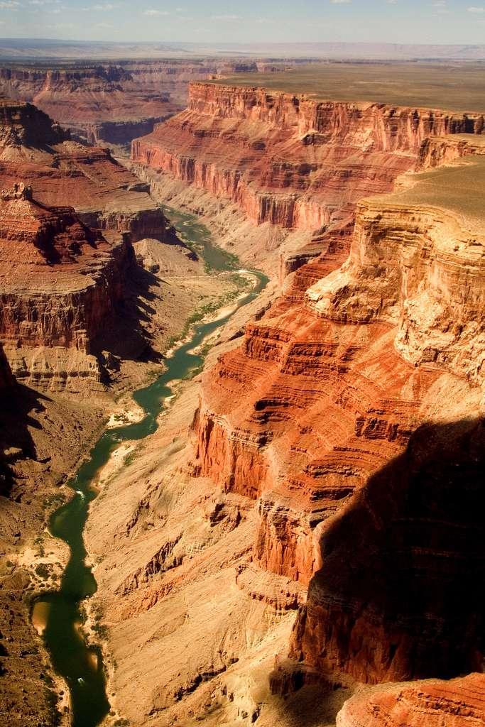 Le Grand Canyon et ses fameuses pierres rougeoyantes, un paysage naturellement grandiose… © Amaltheus, Wikimedia Commons, CC by 3.0