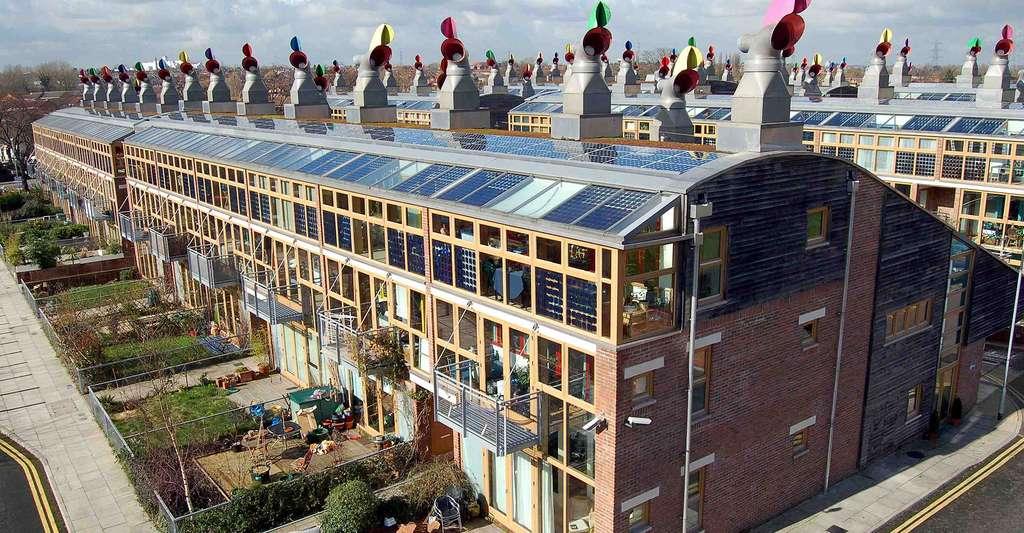 L'écovillage BedZED est sorti de terre en 2002, au sud de Londres. © Tom Chance, CC by-nc 2.0