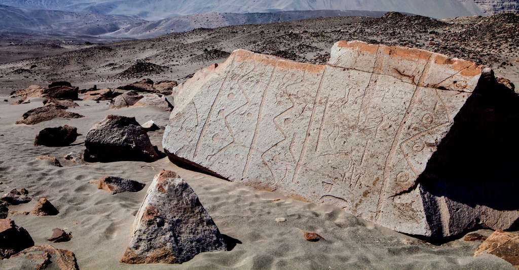 Pétroglyphes de la tradition C à Toro Muerto. © vVadislav333222, Fotolia