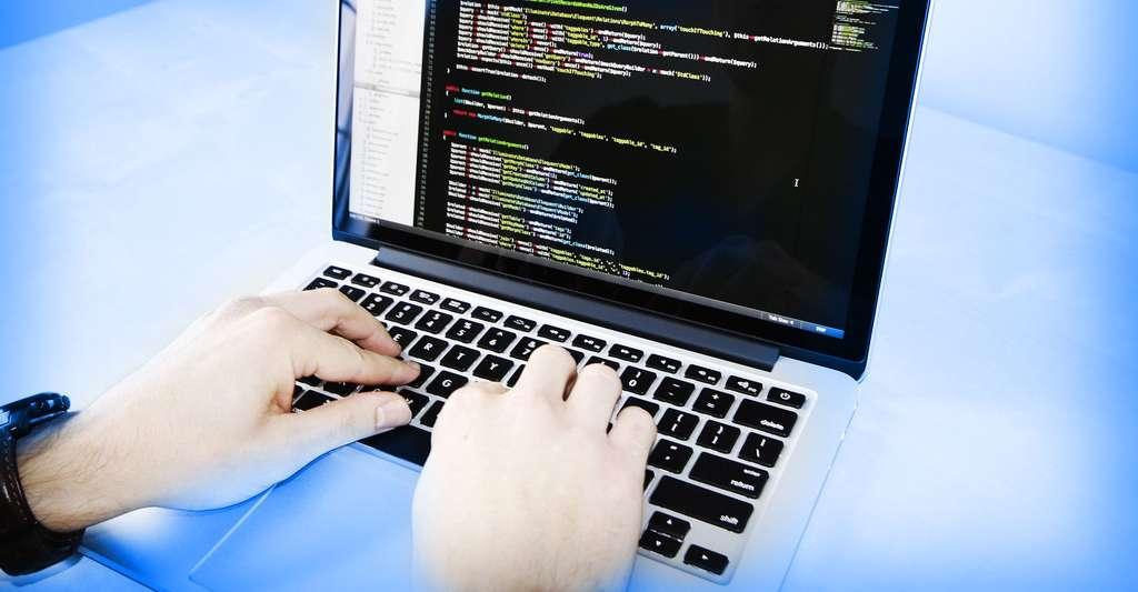 Androïd un système Open Source. © StockSnap - Domaine public