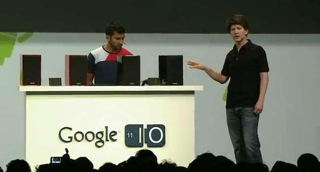 Lors de la dernière conférence Google I/O, en mai dernier, les deux ingénieurs Anand Agarawala (à gauche) et Joe Britt (à droite) ont présenté un boîtier multimédia similaire au Tungsten annoncé par le Wall Street Journal. © Google
