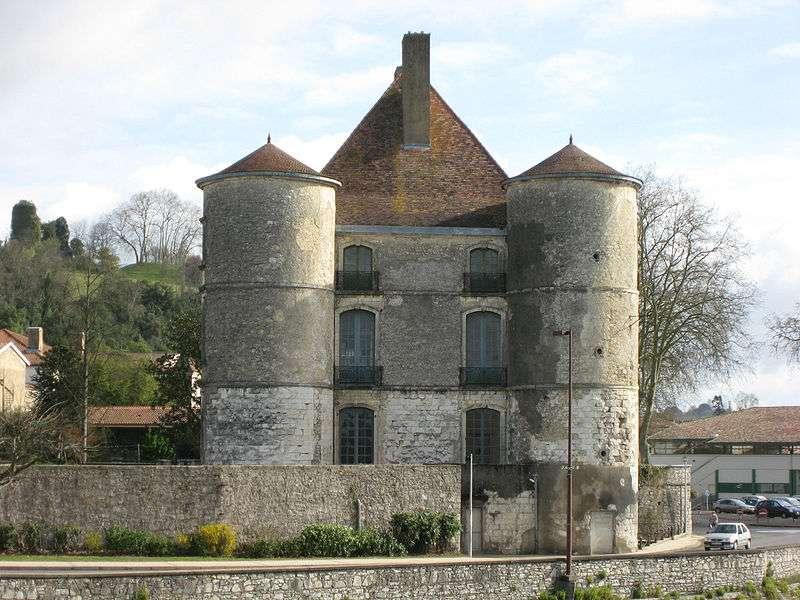 Peyrehorade fait partie des pays de l'Adour. Jean Michel Etchecolonea-Wikipedia nc sa