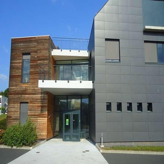 Laboratoire de recherches fromagères de l'Inra, à Aurillac. © DR