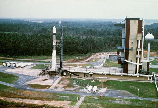 Le lanceur Ariane 1 sur son pas de tir