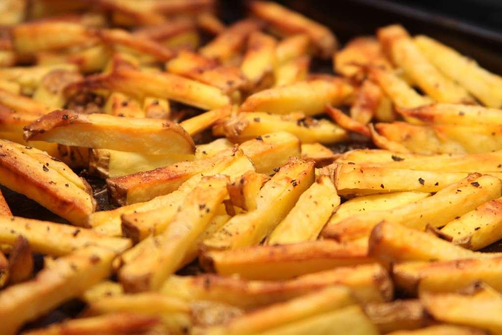 Une alimentation équilibrée est indispensable pour conserver la santé. Un excès de graisses peut entraîner des problèmes cardiovasculaires et augmenter les risques de cancer. © Gudlyf, Flickr, cc by 2.0