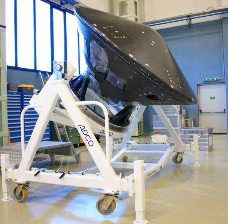 Le modèle de développement de l'atterrisseur EDM d'ExoMars 2016, dans les locaux cannois de Thales Alenia Space où il est construit, avant qu'il ne soit transféré à l'Estec. © Thales Alenia Space