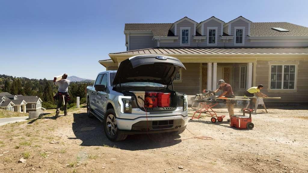 Le coffre avant du Ford F-150 Lightning est l'un de ses gros points forts. © Ford