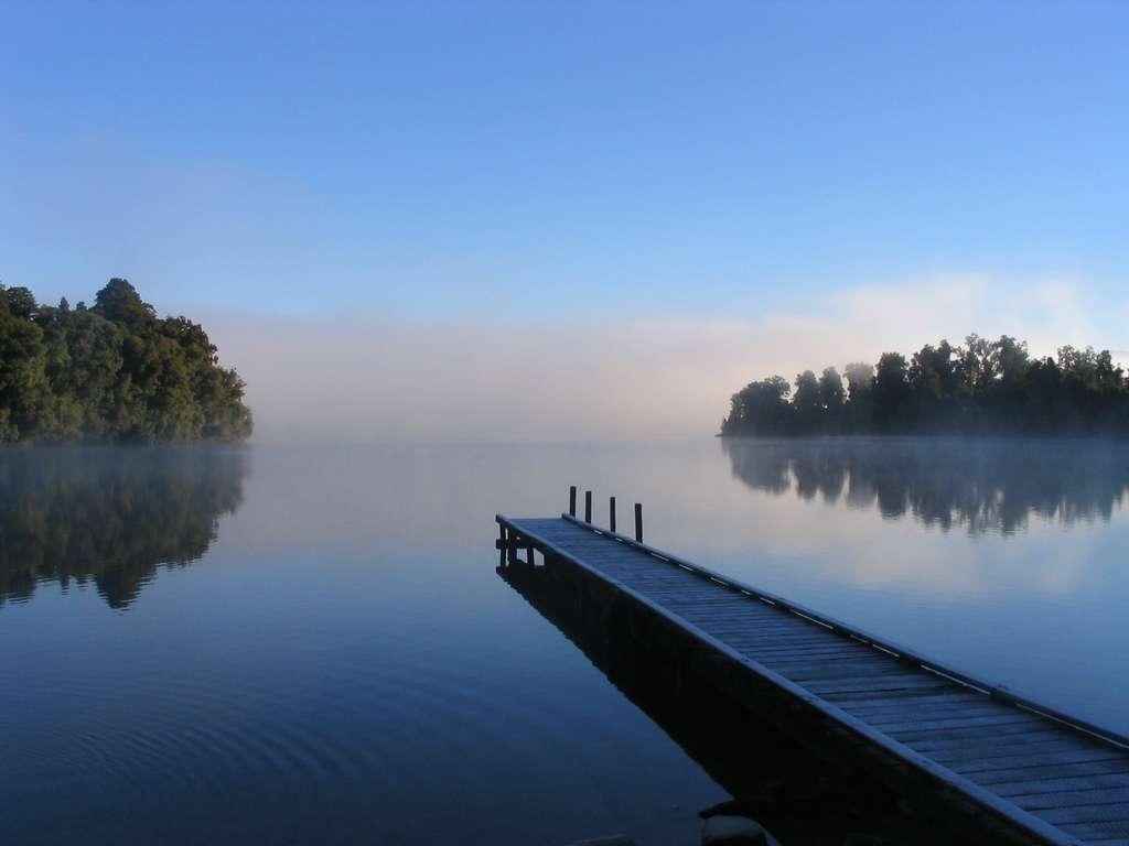 Le lac Mapourika, l'un des bijoux de la Nouvelle-Zélande