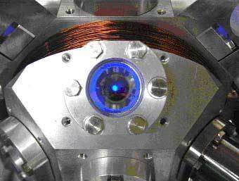 Figure 1 : Nuage d'atomes froids de Srontium (Sr)