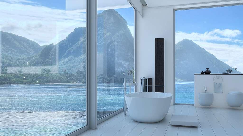 Salle de bain avec vue sur la mer