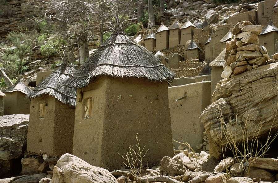 Greniers à mil au Pays Dogon (Mali)