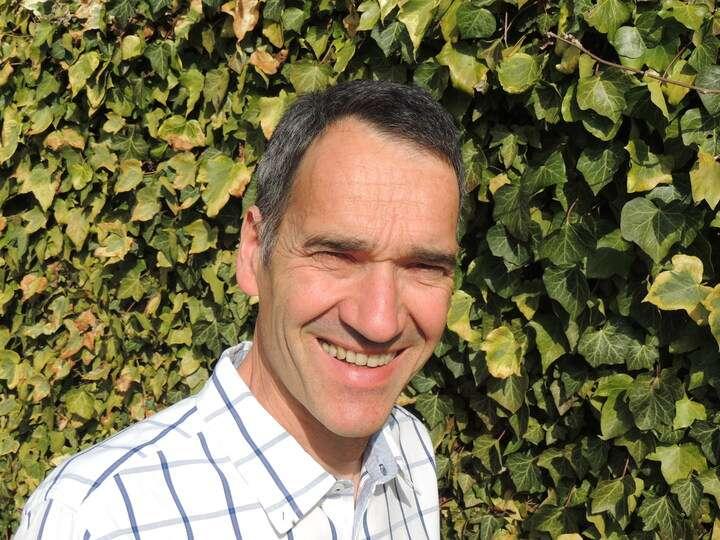 Frédéric Choiselat est agriculteur. Il cultive principalement des céréales, telles que le blé, le chanvre, l'orge... mais également des betteraves sucrières. Il est à la fois « céréalier » et « betteravier ». On dit qu'il s'occupe de « grandes cultures », de par les surfaces octroyées à ces espèces, bien plus importantes qu'en maraîchage. © Frédéric Choiselat