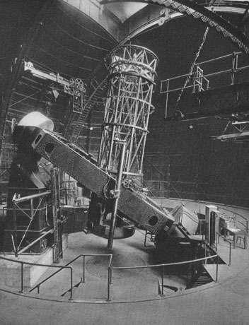 Mont Wilson 2,5m, premier télescope moderne, 1917. © Reproduction et utilisation interdites
