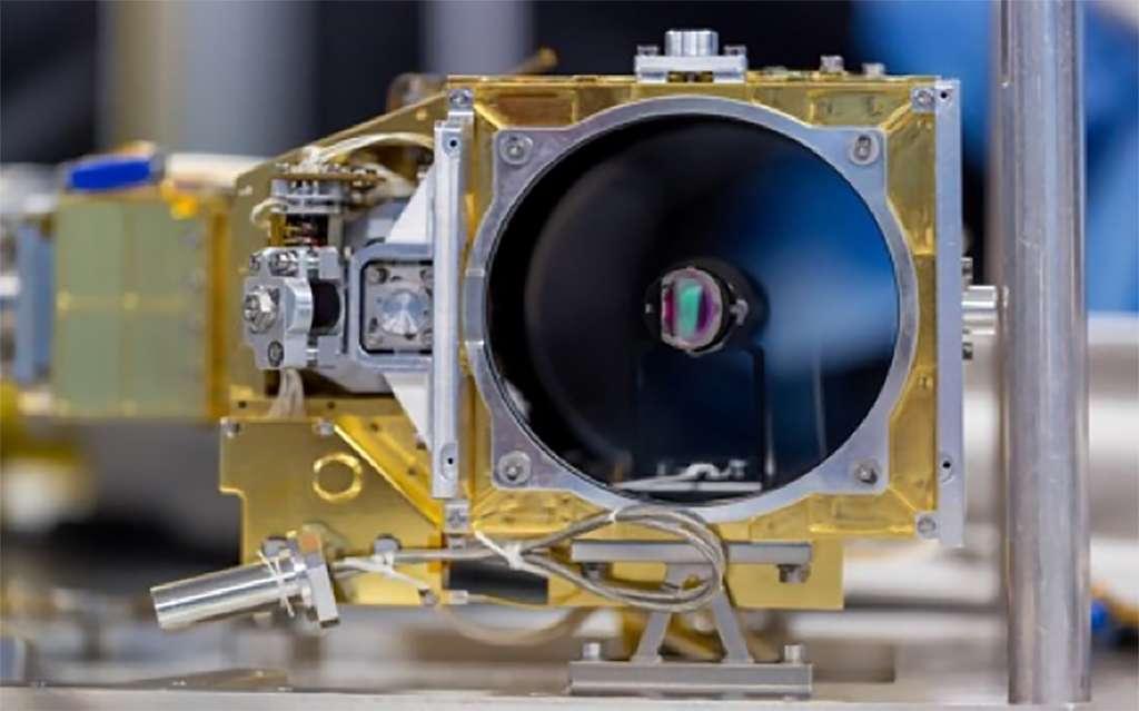 Le modèle de vol SuperCam avant son intégration. © Nasa, JPL-Caltech