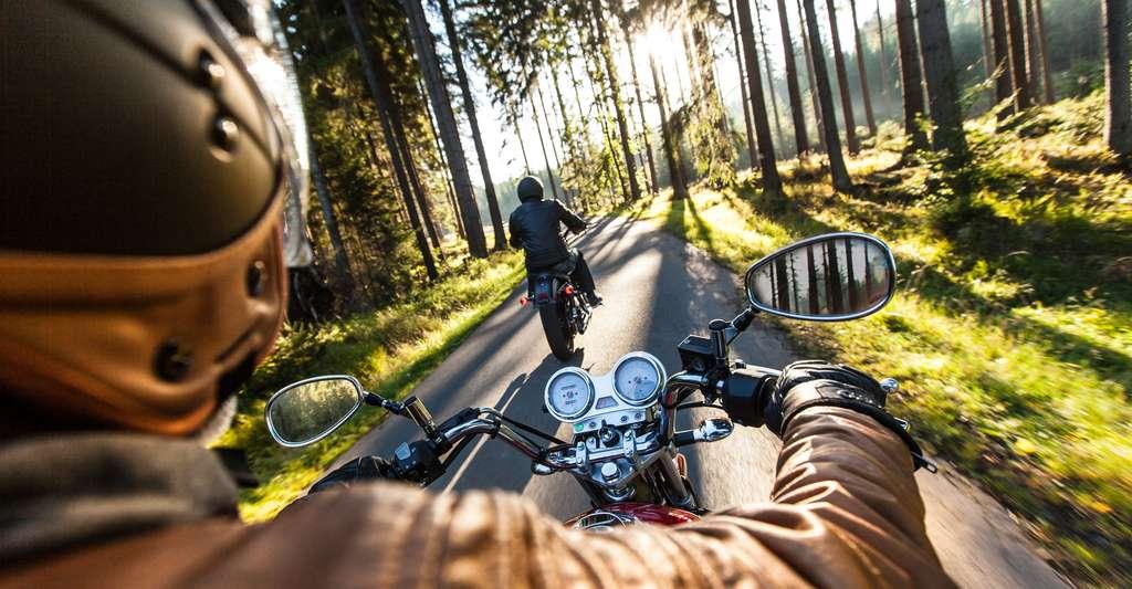 Apprendre à conduire avec la réalité virtuelle. © Lukas Gojda, Shutterstock
