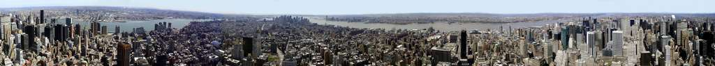 Le panorama de New York, vu de l'observatoire du 86e étage de l'Empire State Building. © Martin Dürrschnabel, Wikimedia Commons, DP