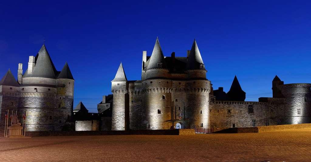 Le centre historique de Vitré vaut le détour, avec son château fort du XIe siècle. © Dav, CC by-nc 2.0