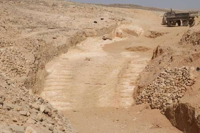 La rampe découverte par l'équipe franco-britannique. © Yannis Gourdon, Institut français d'archéologie orientale