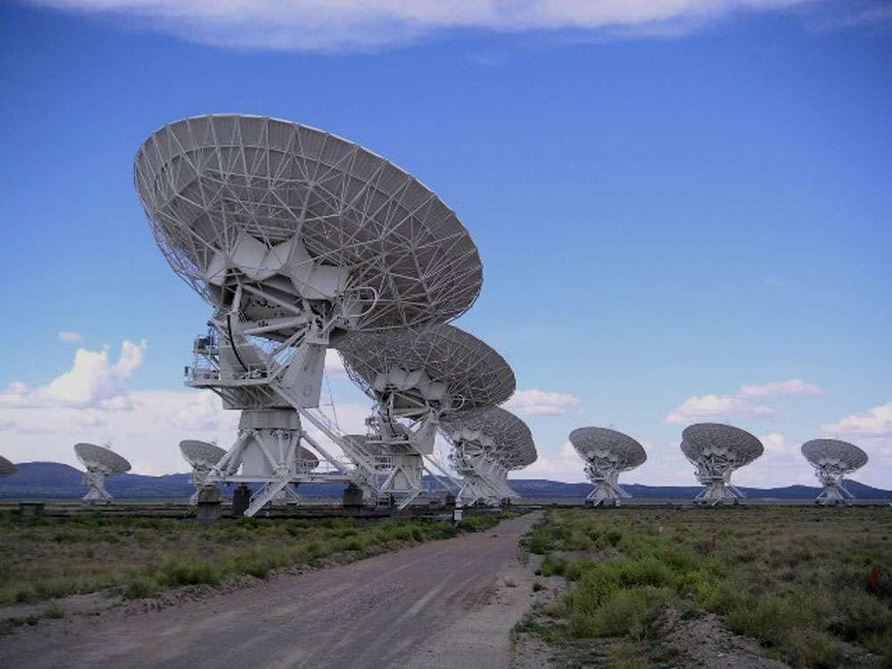 Grâce au radiotélescope « Allen Telescope Array » situé en Californie, le programme Seti capte une quantité énorme de signaux dans l'espoir que l'un d'eux émane d'une forme de vie extraterrestre. © Hajor, CC by-nc 2.0