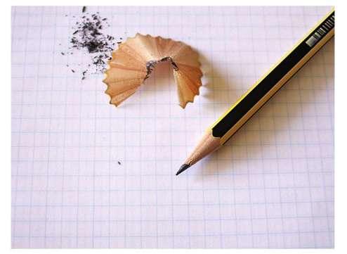 Pour se souvenir de ses rêves, il est primordial de tenir un carnet de rêve, que l'on annotera dès le réveil. © DR