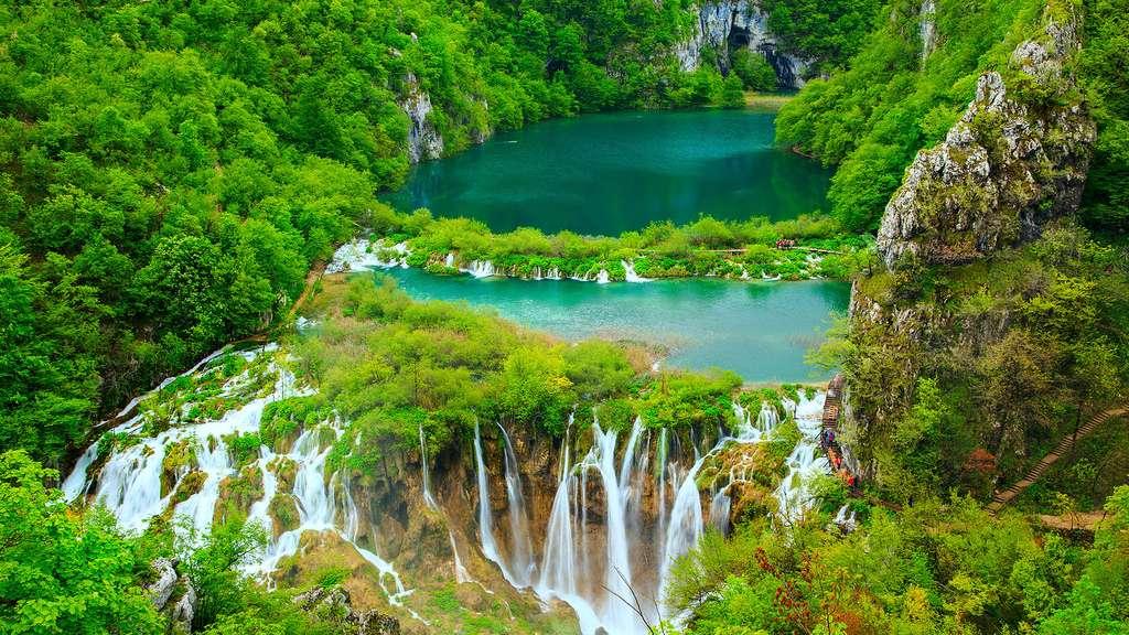 Les cascades du Parc national des lacs de Plitvice en Croatie