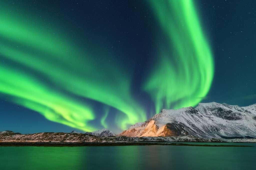 La danse céleste des aurores boréales. © den-belitsky, Fotolia