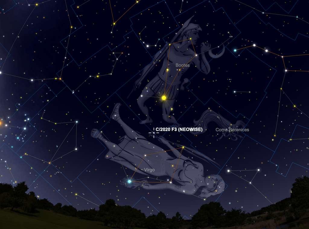 Le 14 et 15 août, on peut repérer Neowise entre Arcturus et Spica, deux étoiles brillantes du ciel d'été, entre l'ouest et le sud-ouest. © SkySafari