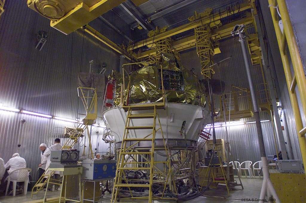 Un étage Fregat, celui du lanceur utilisé pour la sonde Mars Express (2003), en cours d'intégration. © Esa, S. Corvaja