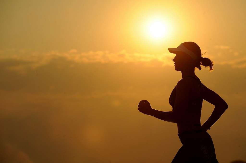Le coup de chaleur pendant le sport peut être dangereux. © Skeeze, Pixabay, DP