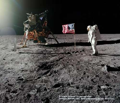 La Lune, comme si vous y étiez ! © Images Nasa/JSC, Retraitements O. de Goursac - Tous droits réservés
