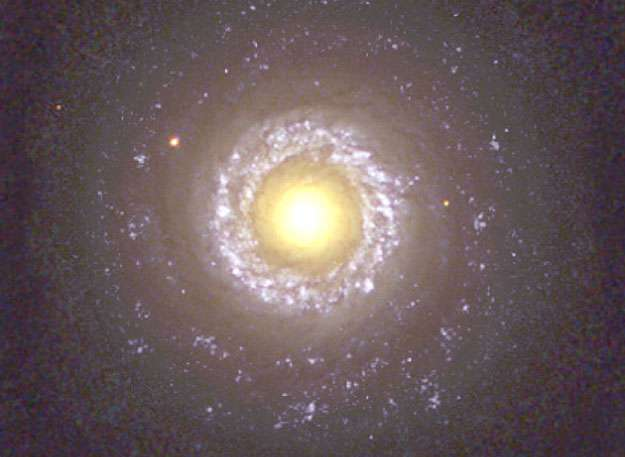 La galaxie spirale NGC 7742 photographiée le 1er juillet 2001. © Hubble Heritage Team (Aura, STScI, Nasa)