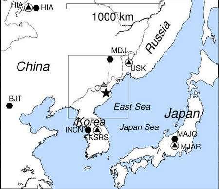 L'étoile indique la localisation de l'essai nucléaire nord-coréen de 2009. Les autres symboles flanqués d'initiales indiquent des observatoires sismologiques importants. Crédit : Lamont-Doherty Earth Observatory