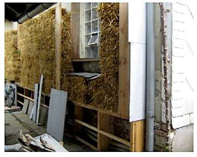 Détail de l'ossature de la construction. © Paille et construction, Luc Gloissac, GRECAU