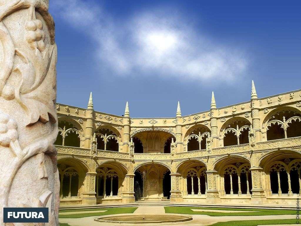 Monastère des Hiéronymites Vue du Cloître -Portugal