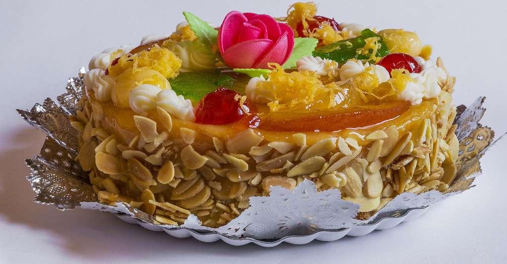 La levure chimique permet de faire monter la pâte à gâteaux. © Josealbafotos, domaine public
