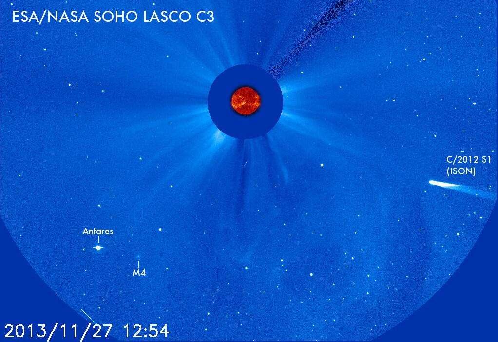 La comète Ison est entrée dans le champ du coronographe Lasco C3 de Soho. Il lui reste moins de 16 millions de km à parcourir avant de frôler le Soleil le 28 novembre. © Esa, Nasa, Soho