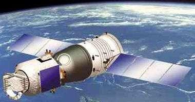 Vaisseau spatial chinois Shenzhou qui embarqua le premier taikonaute en 2003 mais également une caméra de reconnaissance à haute résolution (1m au sol) et des antennes micro-ondes de réception.