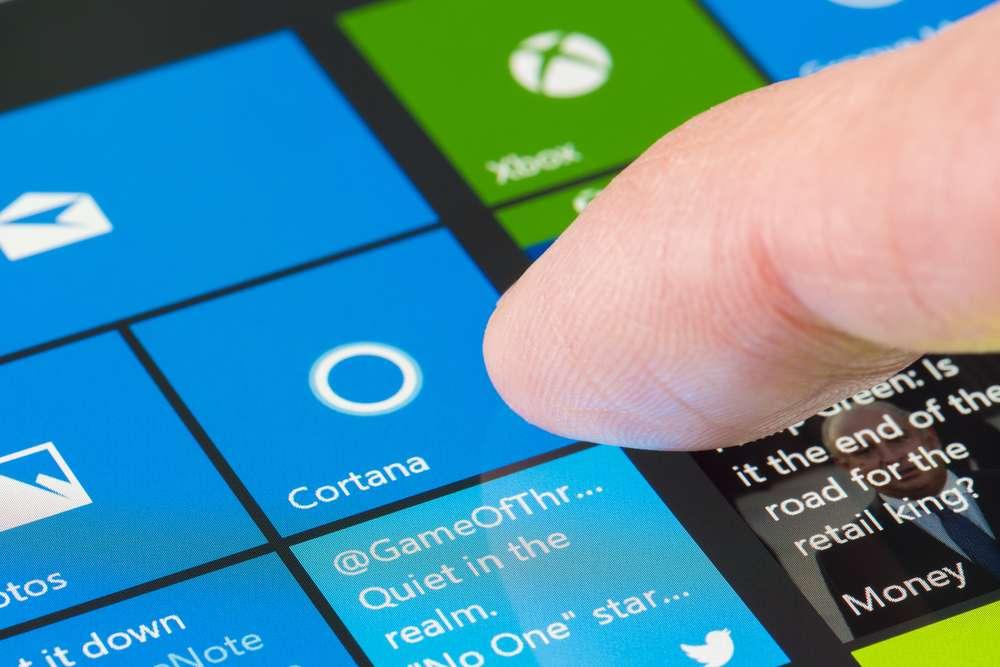 Cortana, l'assistant virtuel de Microsoft, sera évidemment l'un des principaux bénéficiaires des progrès accomplis par son système de reconnaissance vocale. © Ymgerman, Shutterstock