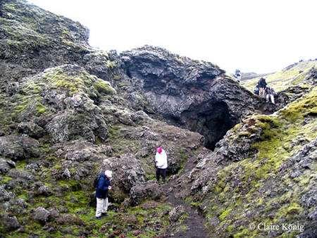 À l'intérieur d'un petit cratère du Laki. © Claire König