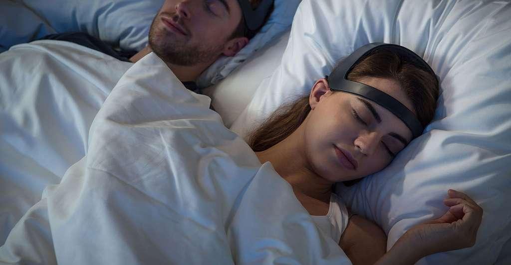 Le bandeau Dreem améliore le sommeil profond. © Rythm (tous droits réservés)