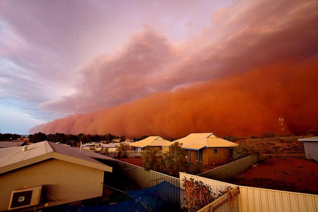 Cet impressionnant phénomène météo s'est produit en Australie le 9 janvier 2013. Le phénomène est rare et est plutôt observé dans les déserts du Moyen-Orient. © Commonwealth of Australia, Bureau of Meteorology, 2013