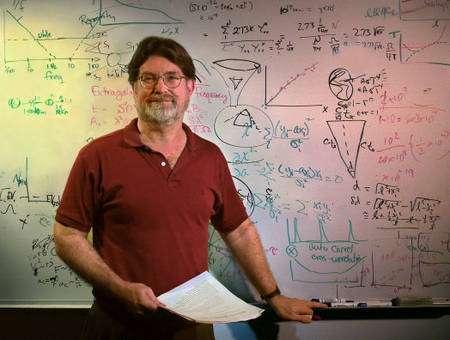 Le prix Nobel de physique Georges Smoot (Crédit : LBNL).