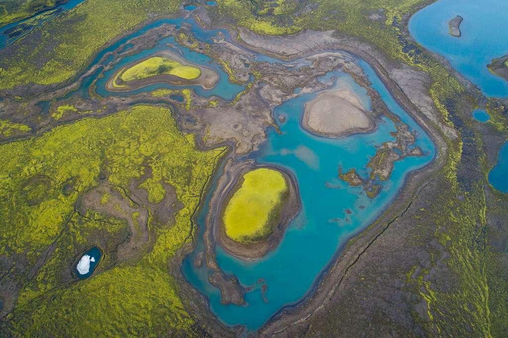 L'Islande vue du ciel : eau et volcans