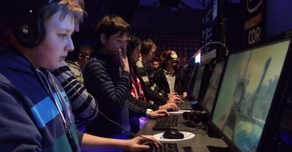 La France a attendu 2016 pour reconnaître le jeu vidéo en compétition et le statut de joueur professionnel. © Piotr Drabik, Wikimedia Commons, CC by 2.0